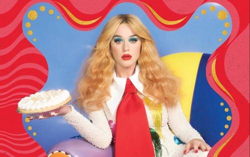Katy Perry repousse la sortie de son album