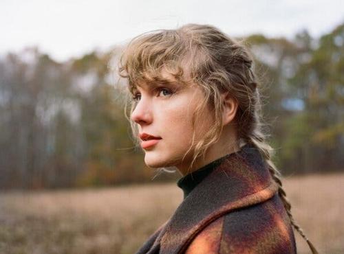 Taylor Swift annonce un nouvel album surprise !