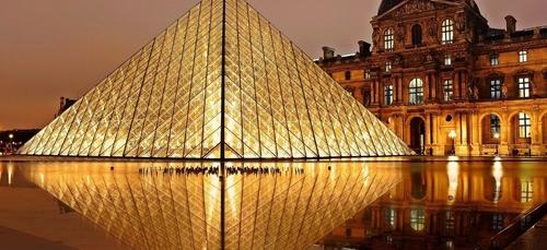Le musée du Louvre en mode nocturne ce samedi