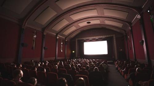 Des places de cinéma pas chères pour aider le cinéma à Paris !
