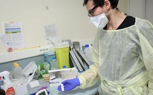 Les tests antigéniques arrivent en pharmacie