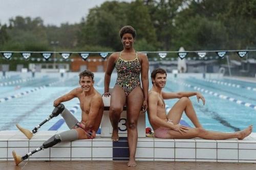 La vice-championne olympique guyanaise Malia Metella se lance le...