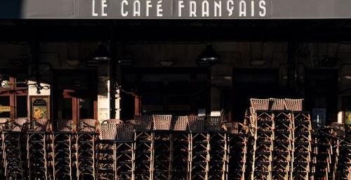 Covid-19 : bars, cafés et restaurants ne rouvriront pas avant 2021