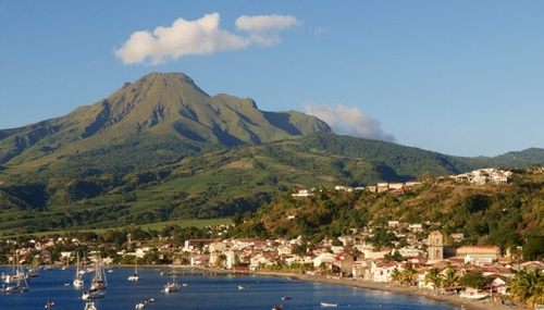 Montagne Pelée : la Martinique passe en vigilance jaune, aucun...