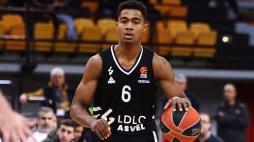 Le basketteur guadeloupéen Théo Maledon signe officiellement à...