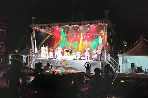 Martinique : Le Lamentin a organisé un «Chanté Nwel drive» pour...