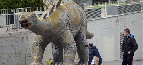 Espagne: un homme retrouvé mort dans une reproduction de dinosaure