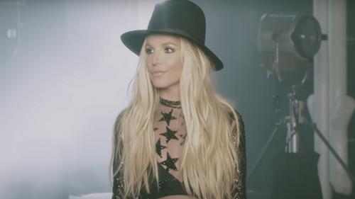 Le père de Britney Spears demande officiellement la fin de sa tutelle