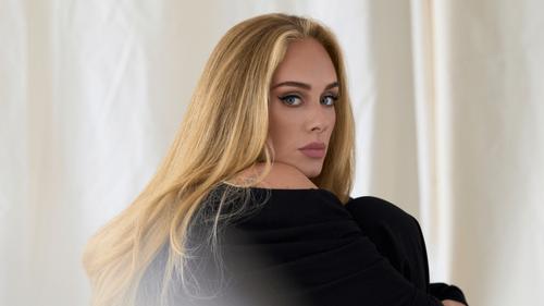 """""""Easy on Me"""" : Adele établit le record de la chanson la plus..."""