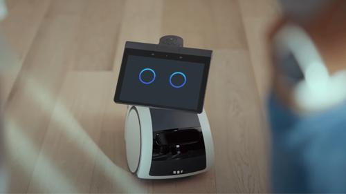 """""""Astro"""" : un robot domestique crée par Amazon"""