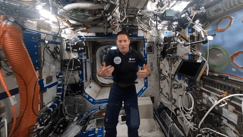 Thomas Pesquet prend les commandes de l'ISS