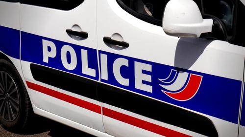 Nantes : une femme de 89 ans meurt percutée par un camion devant un...