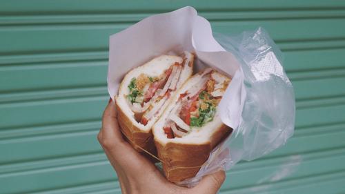 Belgique : par erreur, un client paie 750 euros pour deux sandwichs
