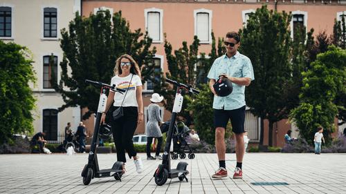La Roche-sur-Yon : des trottinettes électriques en libre-service