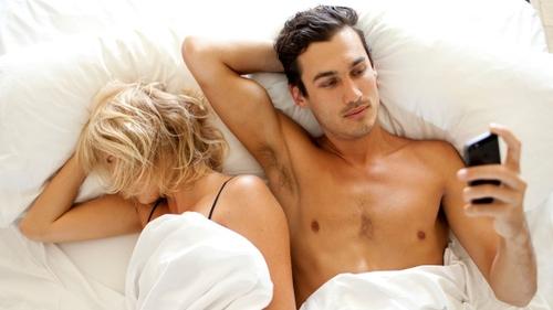 La masturbation : secret de la productivité au travail ?