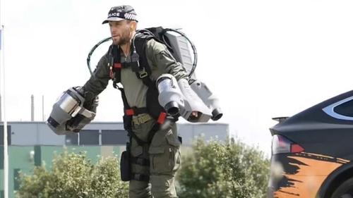 Des policiers pourraient bientôt utiliser des jet packs !