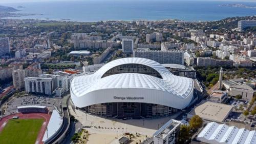 [ FOOTBALL ]: Match de gala ce soir à 19h au Vélodrome