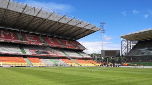 Ligue 1: Le retour des supporters à Saint Symphorien