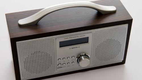 Wit FM : un meilleur son dans votre poste grâce au DAB+