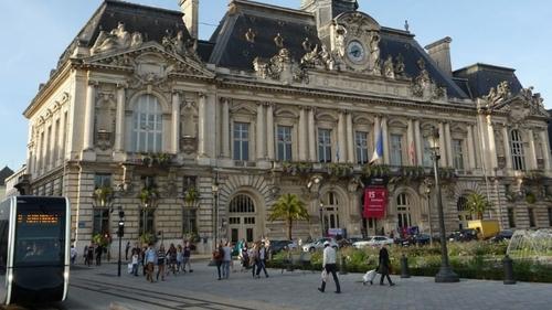 Tours : le centre de dépistage de l'Hôtel de ville va fermer