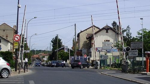 Val-d'Oise : le passage à niveau le plus dangereux de France...