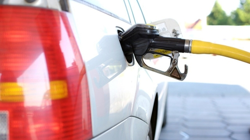 Flambée du prix de l'essence : des bons plans pour payer moins cher
