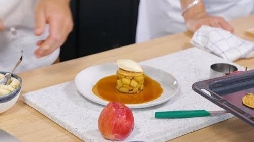 Millefeuille aux Pommes Caramélisées