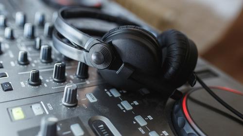 Mixs et Remixs by Kris