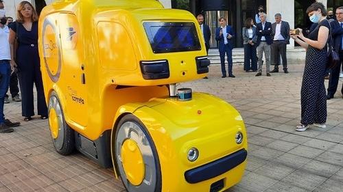 Montpellier :une voiturette automatisée en test pour la livraison...