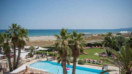 """Canet-en Roussillon : l'hôtel """"Les Flamants Roses"""" vous accompagne..."""