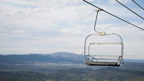 Pyrénées-Orientales : des mesures de soutien exceptionnelles pour...