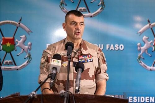 "Le groupe Etat islamique au Grand Sahara ""capable de se..."