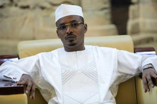Tchad: le chef de la junte Mahamat Déby nomme un parlement de...