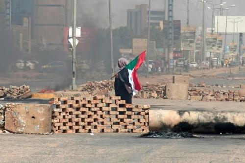 Coup d'Etat au Soudan: arrestations et quadrillage pour empêcher...