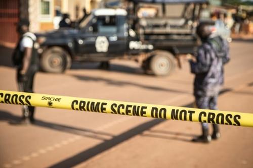 Attentat en Ouganda: le président Museveni promet de retrouver les...