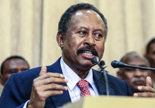 Abdallah Hamdok, l'homme du consensus au Soudan, évincé par les...