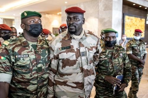 Guinée: la junte s'affirme face aux exigences des Etats d'Afrique...