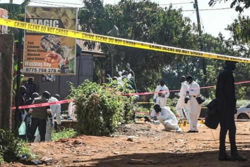 """Attentat en Ouganda: la police évoque un """"acte de terrorisme..."""