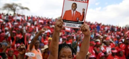 Le Botswana aux urnes pour trancher un inédit combat des chefs