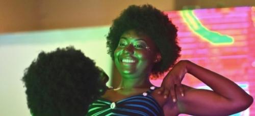 """Côte d'Ivoire: un concours """"Miss Nappy"""" pour promouvoir les cheveux..."""