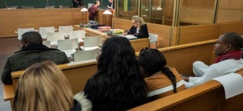 Prostitution de Nigérianes à Lyon: jusqu'à 7 ans de prison pour 24...