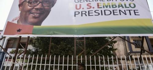 """Bissau: Umaro Sissoco Embalo, le """"général"""" au keffieh élu président"""
