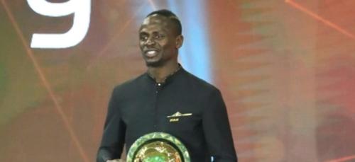 La fête attendra à Dakar pour le meilleur joueur africain Sadio Mané
