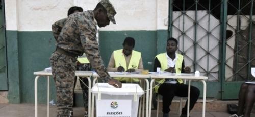 La Guinée-Bissau, abonnée aux coups de force politiques, a deux...