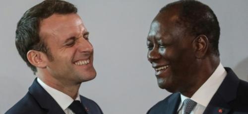 """Macron salue """"la décision historique"""" de Ouattara de ne pas se..."""