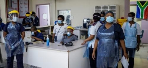 En Afrique du Sud, les hôpitaux prêts mais inquiets en attendant la...