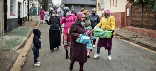 En Afrique du Sud, la double épidémie du Covid et des violences aux...