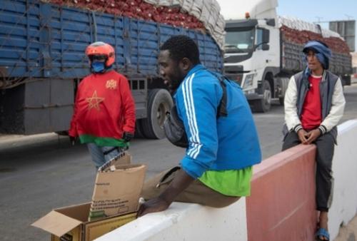 Sahara occidental: scènes de vie sur la route de la Mauritanie
