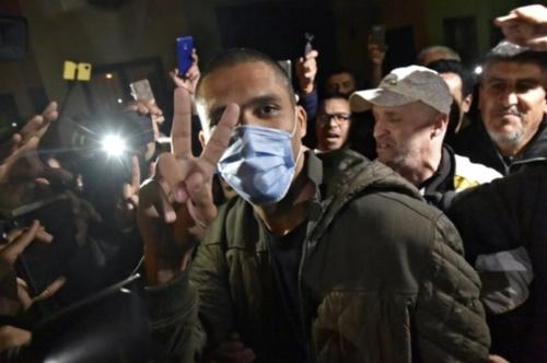 Algérie: plus de 30 détenus d'opinion libérés, dont le militant...