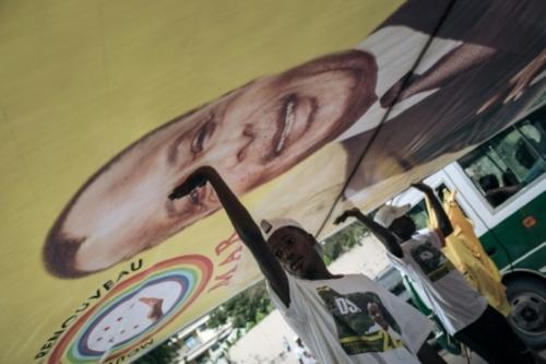 """Congo: un """"gouvernement de palais"""" avec le fils Sassou Nguesso en..."""